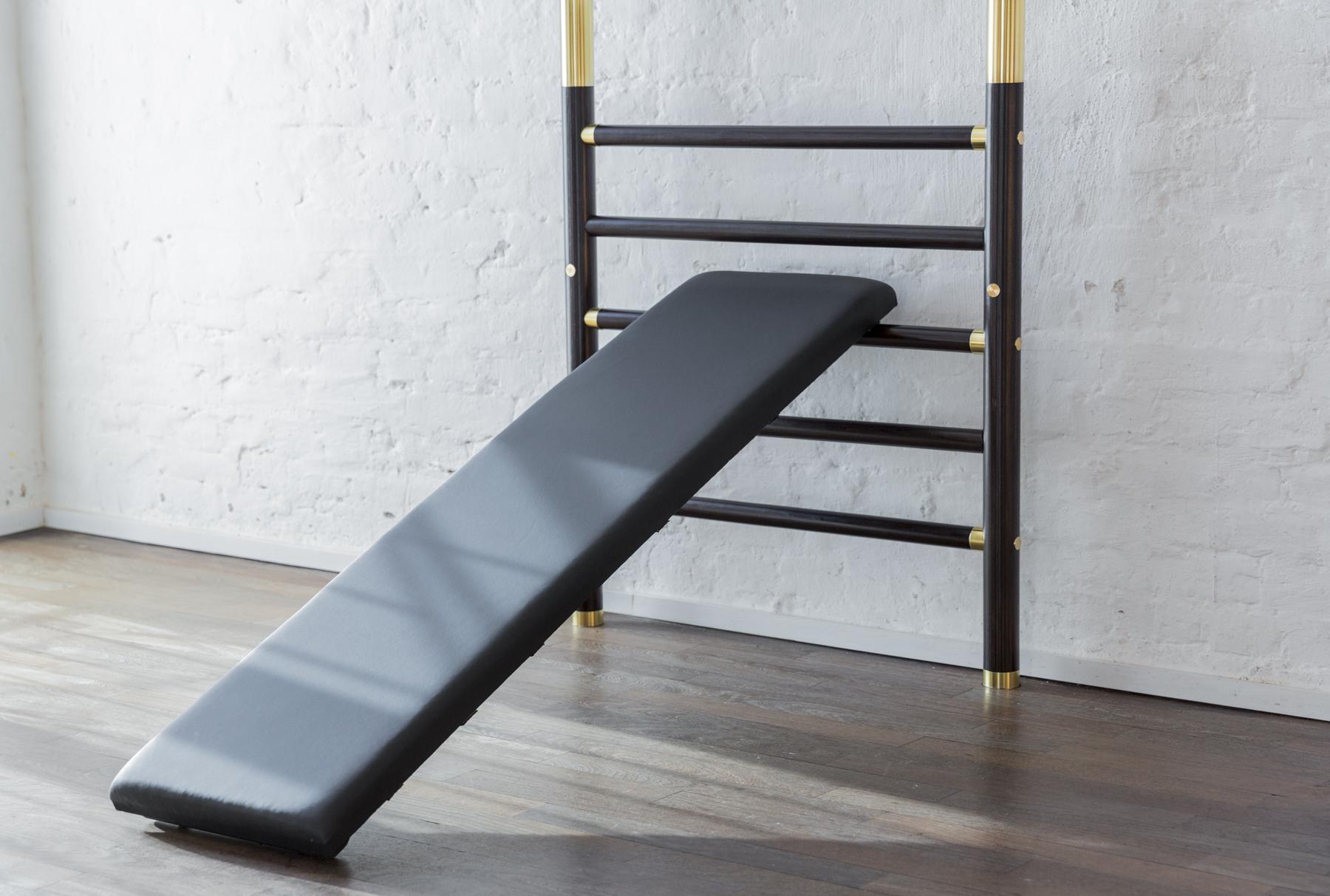 bench training wall bar